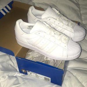 NWT Adidas Originals Superstar shell toe sneakers